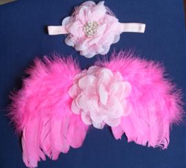 Roze engelen vleugels met bijpassende kanten haarband.