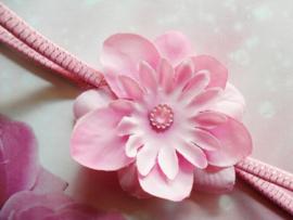 Super smal donker roze/ zilver gestreept haarbandje met bloem.