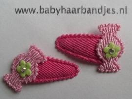 2 cm baby klikklak speldje met roze snoepje.