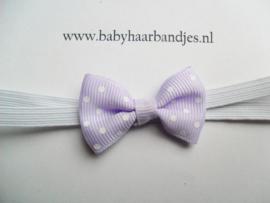 Voor de allerkleinste super smal wit haarbandje met lila strikje