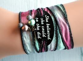 Wikkelarmband zijde inspiratie armband gegraveerd ,She believed she could so she did #167