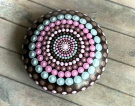 Dot art mandala steen roze/grijs