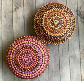 Mandala steen roze, oranje en goud