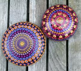 Mandala Steen, Meditatie Steen, Dankbaarheid Steen, Ohm Teken, Dot Art, Decoratie Steen, Huisdecoratie, Yoga, Spiritueel Kado, Mandala #54