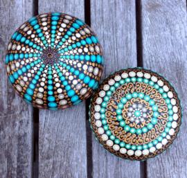 Mandala steen zee egel turquoise, wit en goud