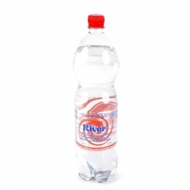 RIVER  spuitwater, bruisend - 1,5 L.