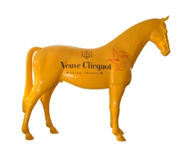 Veuve Clicquot - Kunstpaard by Loeviera