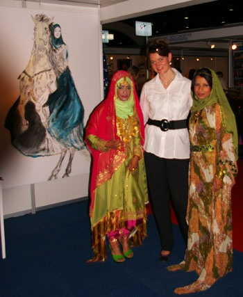 Loeviera with Arabian Princesses