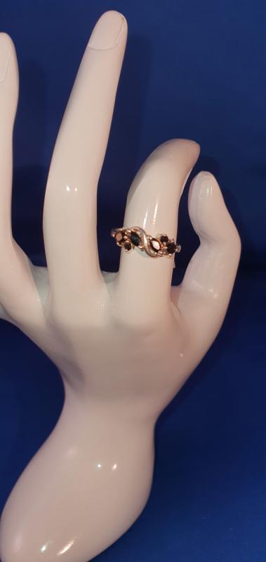 Brocante ring zwart
