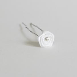 Haarpin witte bloem 2st
