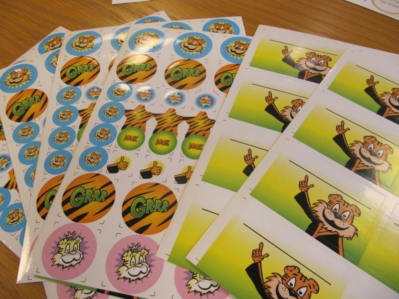 Tiger Stickervel assorti - verschillende ronde stickers