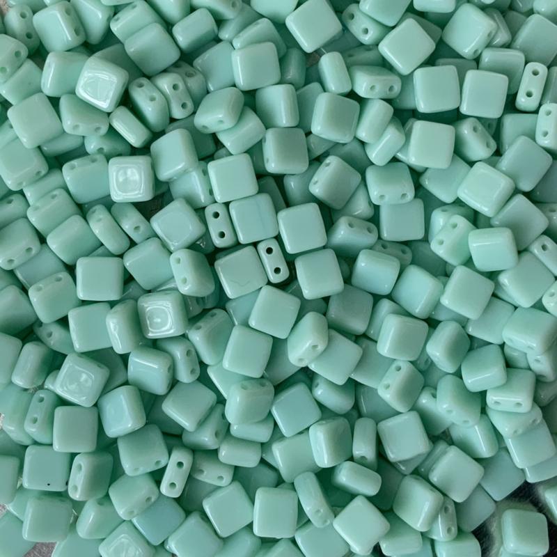 Opaque Pale Jade - 20 stuks (63100)