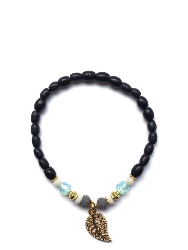 Handmade bracelet - dark blue, lila, white