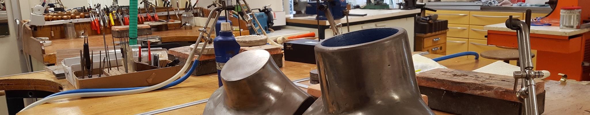 Goud zilver ring maken sieraden workshop bedrijfsuitje emmen goudsmid elisa cursus goudsmeden