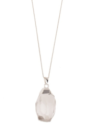 FACETED CHRYSTAL PENDANT &SILVER NECKLACE