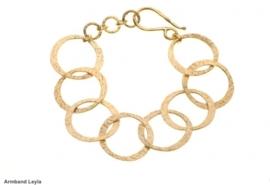 Armband Leyla en Goldplated earrings