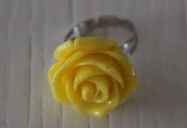 ring roosje, geel