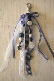 handgemaakte tas-/sleutelhanger delftsblauw/wit