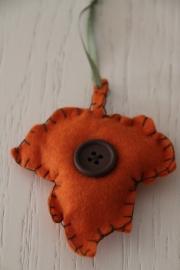 hanger herfstblad oranje
