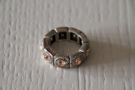 ring met steentjes champagne