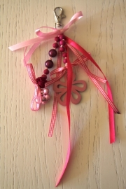 handgemaakte tas-/sleutelhanger roze