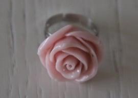 ring roosje, lichtroze