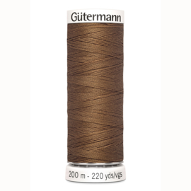 Gutermann 124 Licht bruin | Naaigaren 200m
