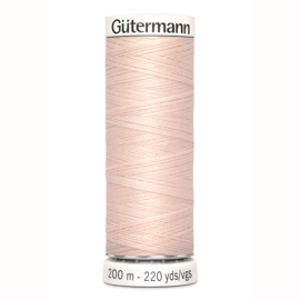 Gutermann 210 Licht zalm rose | Naaigaren 200m