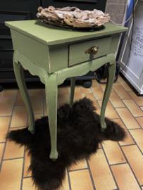 """Brocante bijzettafeltje in oud groene kleur """"xylia""""""""  Artikelnr :  937"""