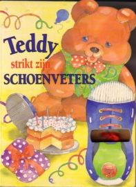 Teddy strikt zijn schoenveters [kartonboekje]