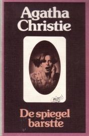 Agatha Christie - 21. De spiegel barstte