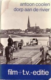 Antoon Coolen - Dorp aan de rivier