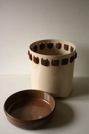 EMSA wasmand met `bont randje` / EMSA laundry basket with `fur border` [verkocht]