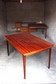 Eetkamertafel teak / Dining table teak