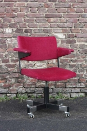 Gispen fauteuil `70 / Gispen desk chair seventies (sold)