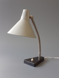 Hala 11 bureaulamp / Hala 11 desk lamp