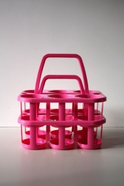 2 Rose Curver flessenmandjes / 2 Pink Curver bottle baskets [sold]