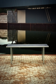 Lips tafel / Lips table [verkocht]