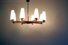 Scandinavische hanglamp in hout / Scandinavian pendant light in wood