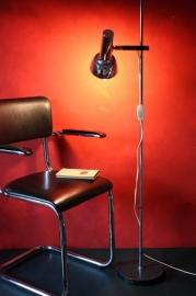 Vintage verchroomde staande lamp / Standing chrome vintage lamp [sold]