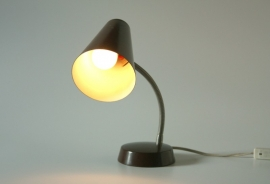 Klein bruin bureaulampje `70 / Small desk lamp 70s [sold]