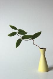 """Ceramisch """"Fris"""" vaasje / Ceramic """"Fris"""" vase [verkocht]"""