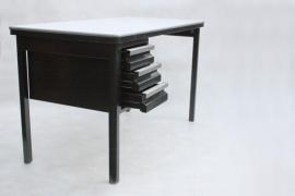Zwart vintage bureautje `60 /  Black vintage small desk `60 [verkocht]