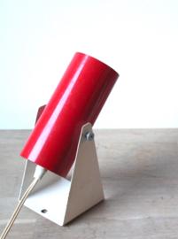 Rood vintage wandlampje / Red vintage wall lamp