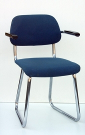 Jami blauwe buisstoel / Jami blue desk chair [sold]