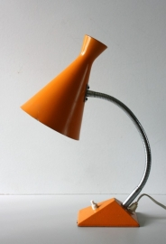 Hala diabolo bureaulamp / Hala diabolo desk lamp [sold]