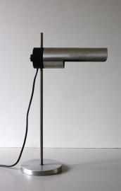 `60 Bureaulamp buisvormig / `60 Tubular desk lamp. [verkocht]