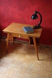 Houten deens design bureautje / Wooden Danish design desk [verkocht]