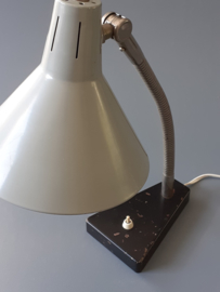 Hala 11 bureaulamp / Hala 11 desk lamp