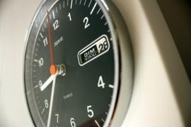 Klok Nova + datum / Clock Nova with date [verkocht]